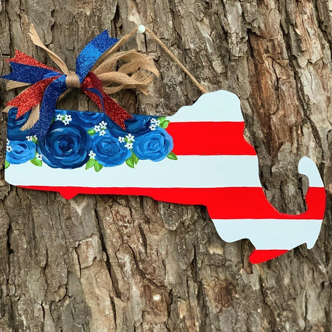 "@littlemariascrafts shared a photo on Instagram: ""#Massachusetts #redwhiteandblue #patriotic #americanflag #doorhanger #doordecor #doorsign #wreathsign #usa #massachusettsusa…"" • Jun 4, 2020 at 4:21pm UTC"