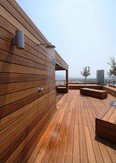 Terrasse en bois sur plot  comment la poser ?