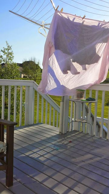 Install An Umbrella Style Clothes Line On Your Deck The