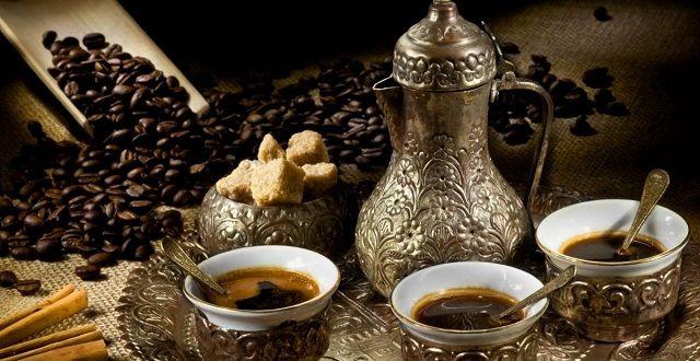 طريقة عمل القهوة العربية عالم المرأة Coffee Wallpaper Turkish Coffee Coffee Type