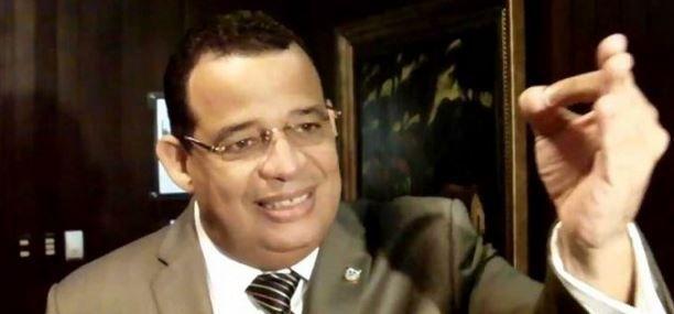Diputado Acusa Al Embajador De EE.UU. De Promover Homosexualidad En RD