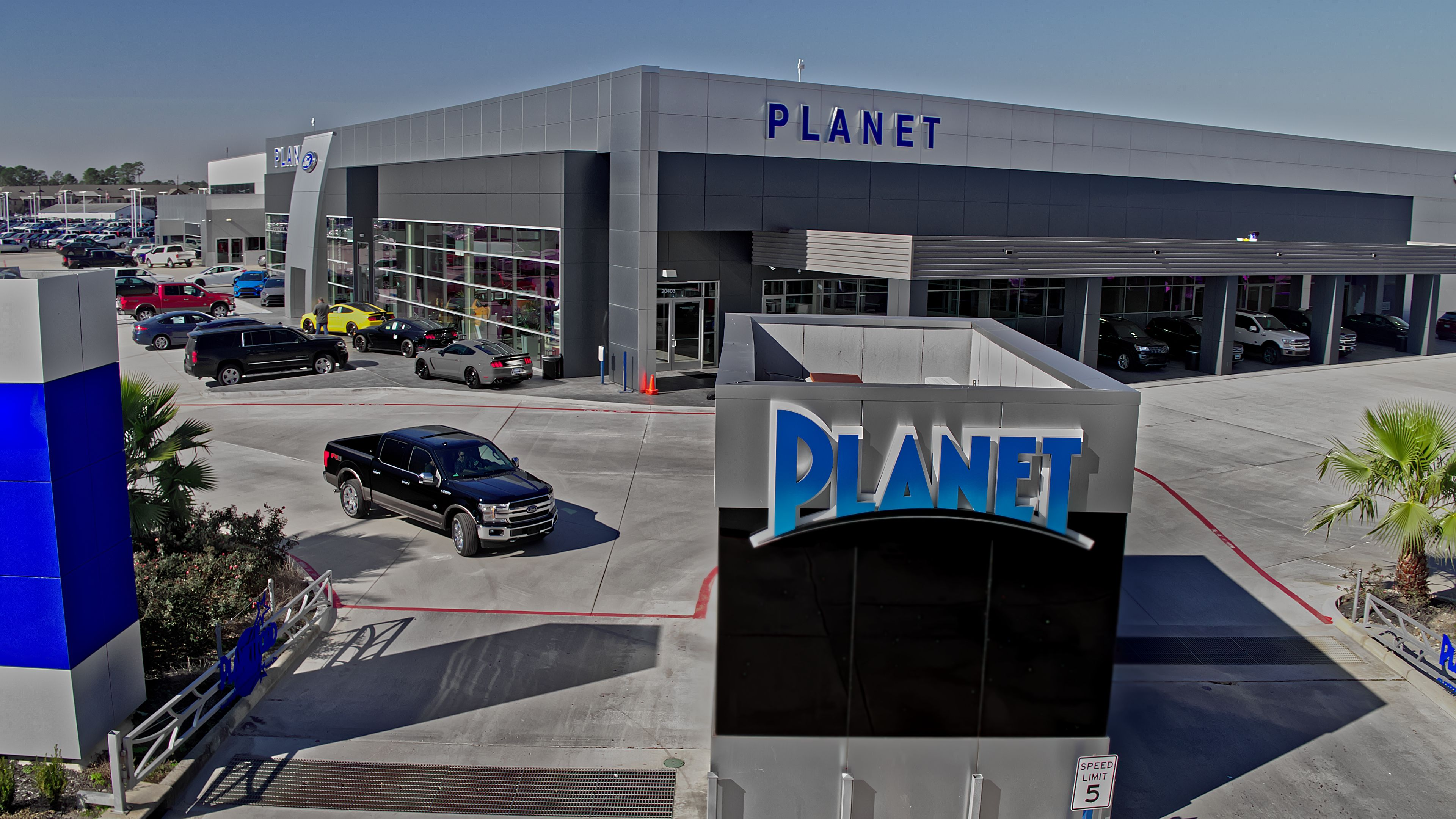 Ford Dealership Houston >> Randall Reed S Planet Ford In Spring Texas Has Been The No 1 Ford