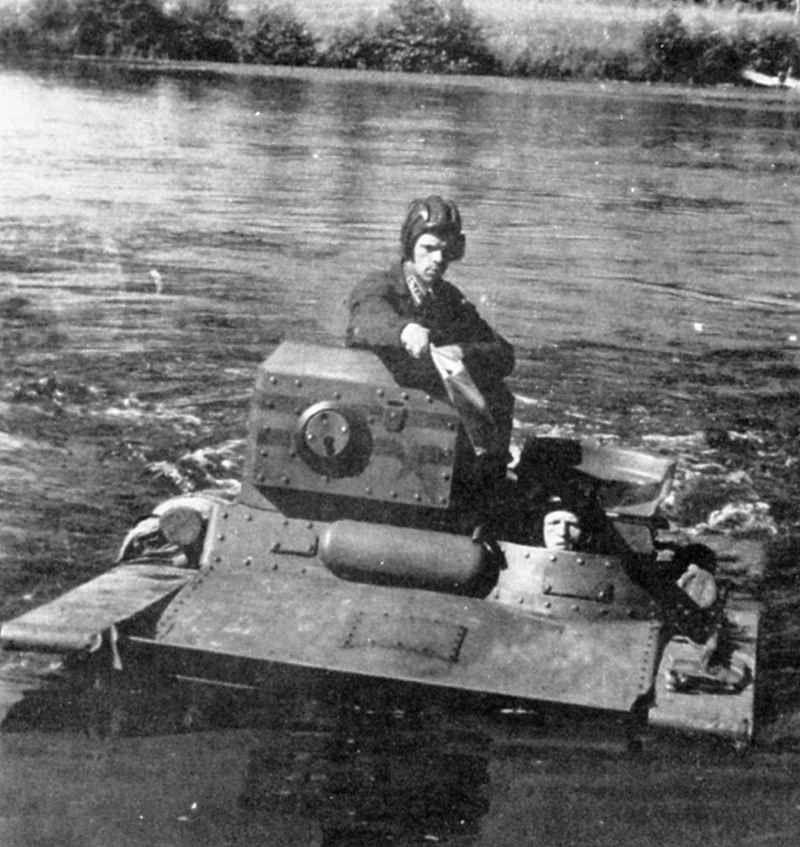 T-37A amphibious tank traveling across a river, 1930s