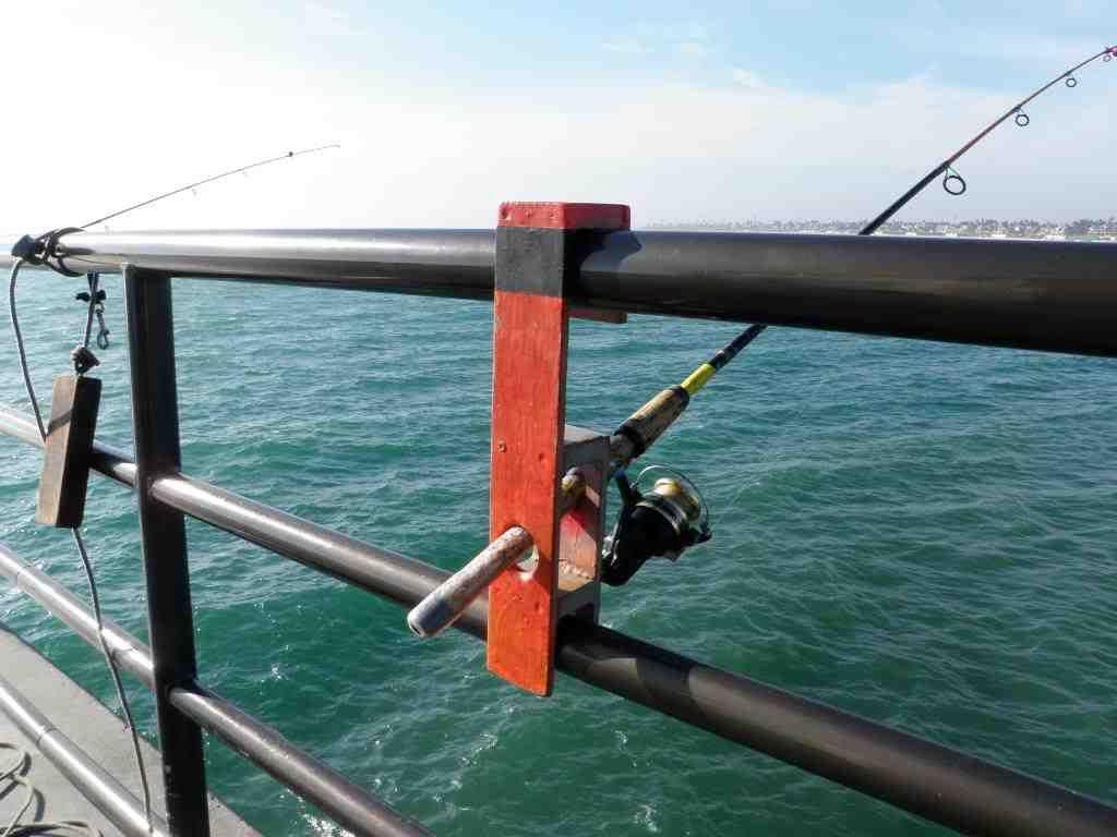 Pier Fishing Rod Holder | TV Fishing Rod Holders | Fish, Ice fishing