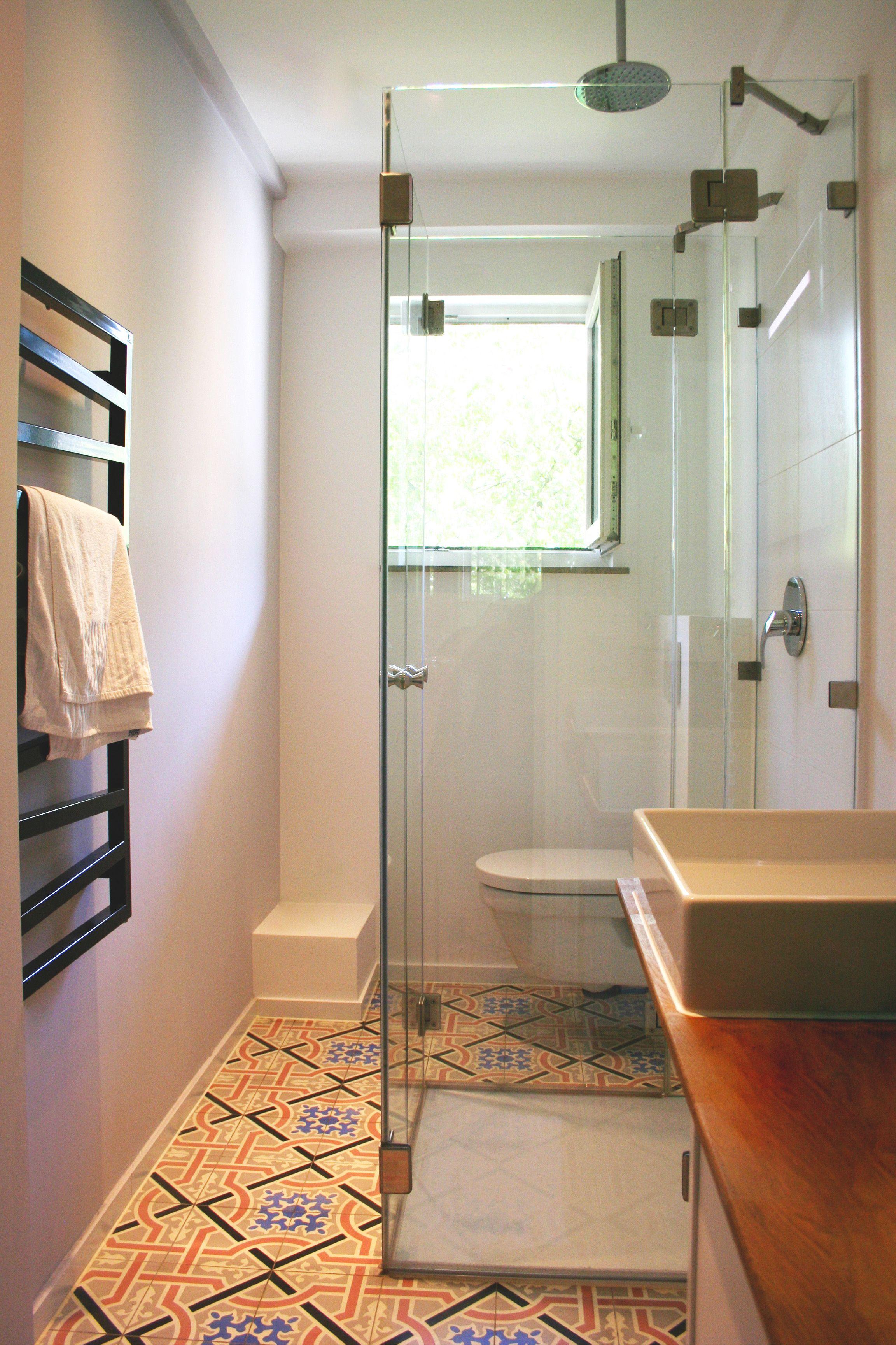 Ausgeklappte Faltbare U Dusche Ideal Fur Beengte Badezimmer