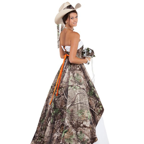 Realtree Camo Wedding Gown with Tulle | Camo wedding, Camo and Gowns