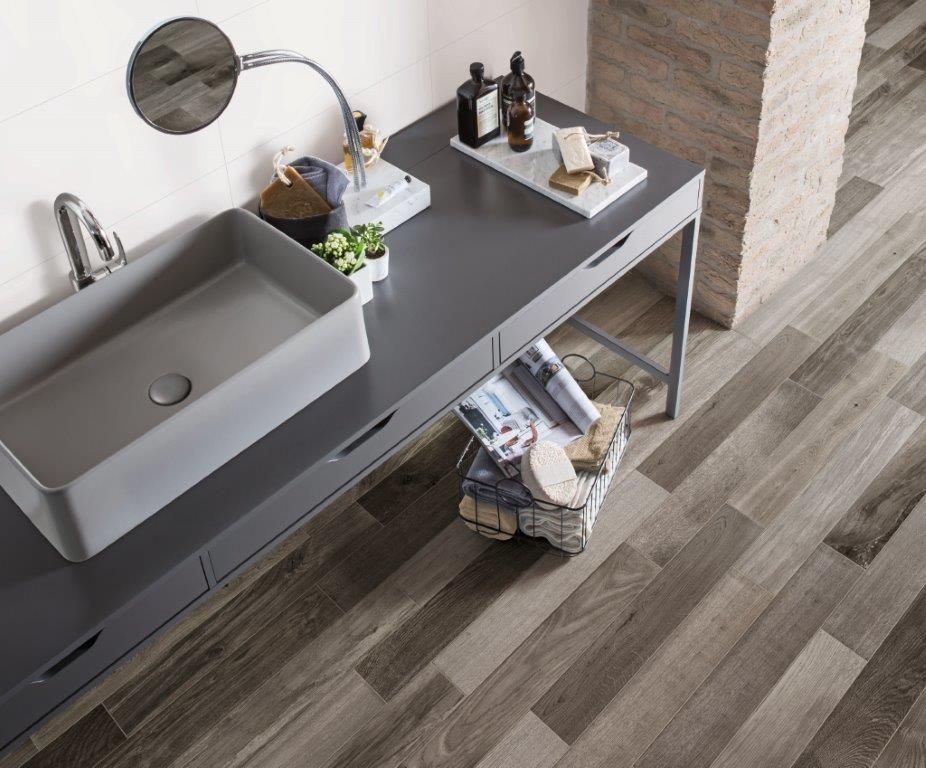 Badkamer Betegelen Hoe : Supermooie houtlook tegel van marazzi hoe zou dit staan in