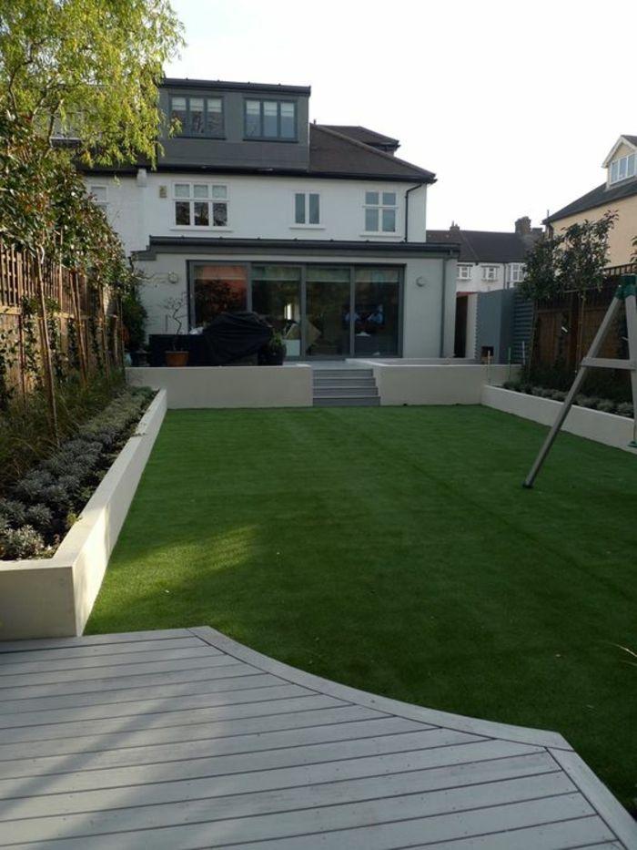 Ein Kunstlicher Gras Rasen Baume An Den Zaun Haus Im