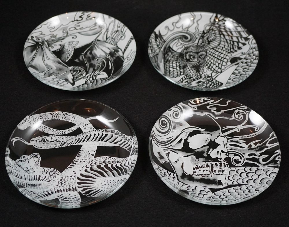 Williams Sonoma Haunted Halloween Glass Appetizer Plates Set of 4 New in Box & Williams Sonoma Haunted Halloween Glass Appetizer Plates Set of 4 ...