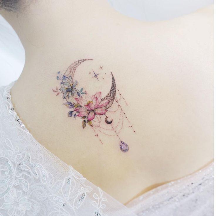 200 Fotos de tatuagens femininas no braço para se inspirar – Fotos e Tatuagens #flowertattoos #moon