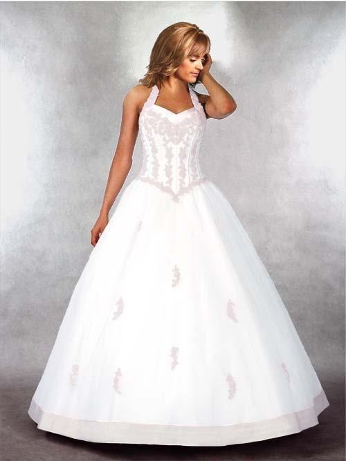 halter top wedding dresses....kinda liking the halter top dresses ...