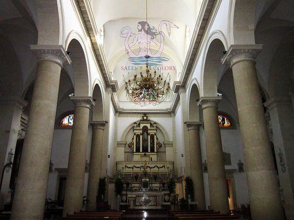 Foto Bagnolo Del Salento : Interno della chiesa matrice di san giorgio a bagnolo del salento