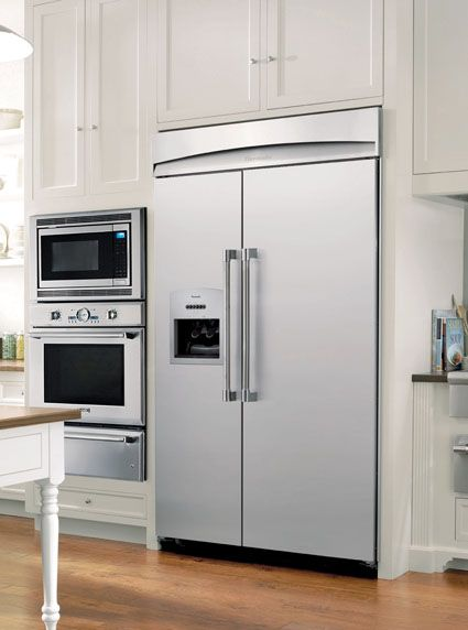 Thermador Kitchen Gallery : Refrigerator In Traditional White Kitchen