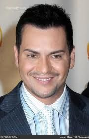 "Víctor Manuelle, born Víctor Manuel Ruiz on September 27, 1968 in Isabela, Puerto Rico, is a successful Latin Grammy nominated Puerto Rican American salsa singer, songwriter, and improvisational son singer, known to his fans as El Sonero de la Juventud (""The Singer Of Youths"")."