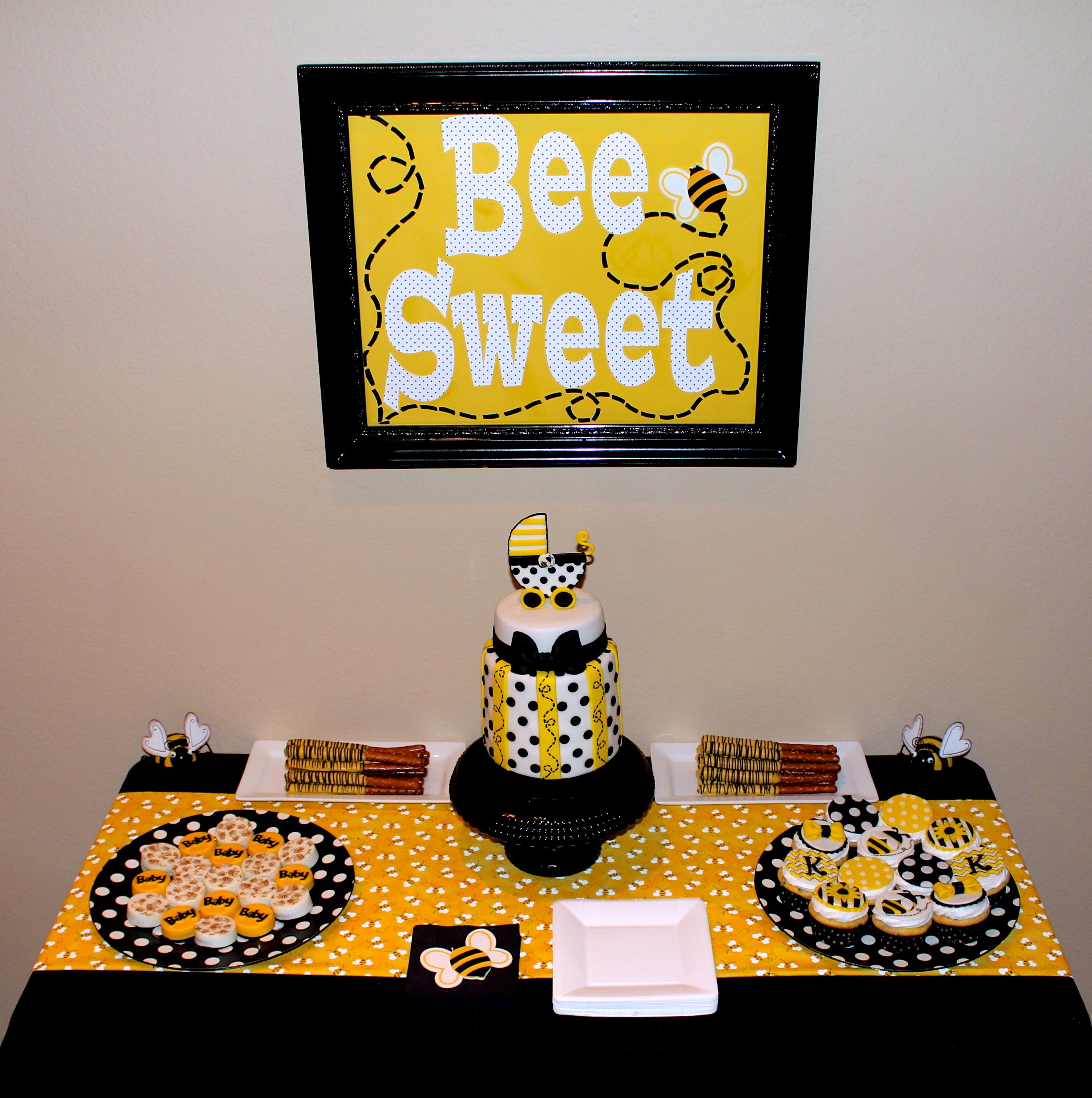 bee baby shower dessert table www.cuteologyshop.com