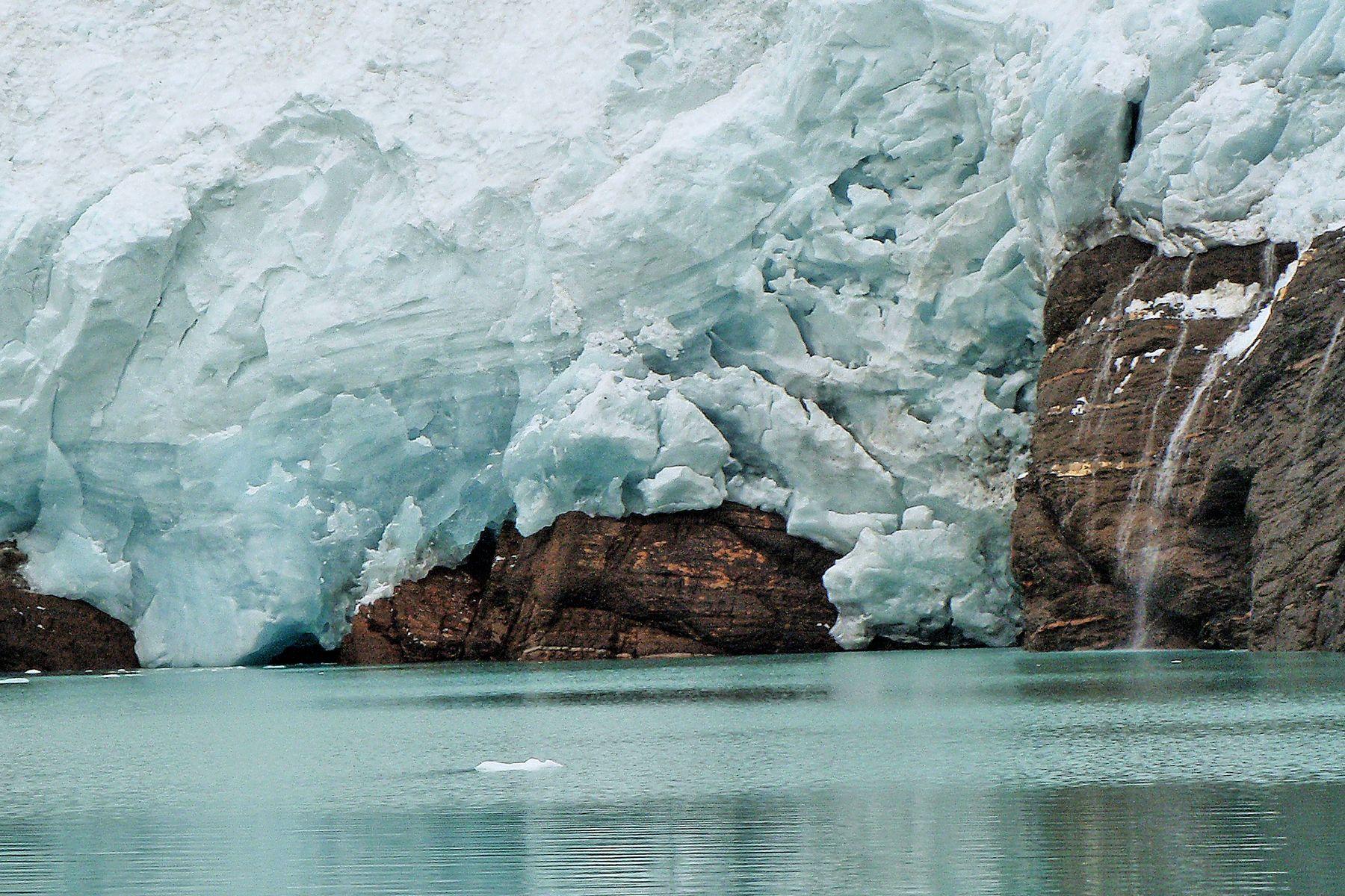 Berg Lake Mout Robson