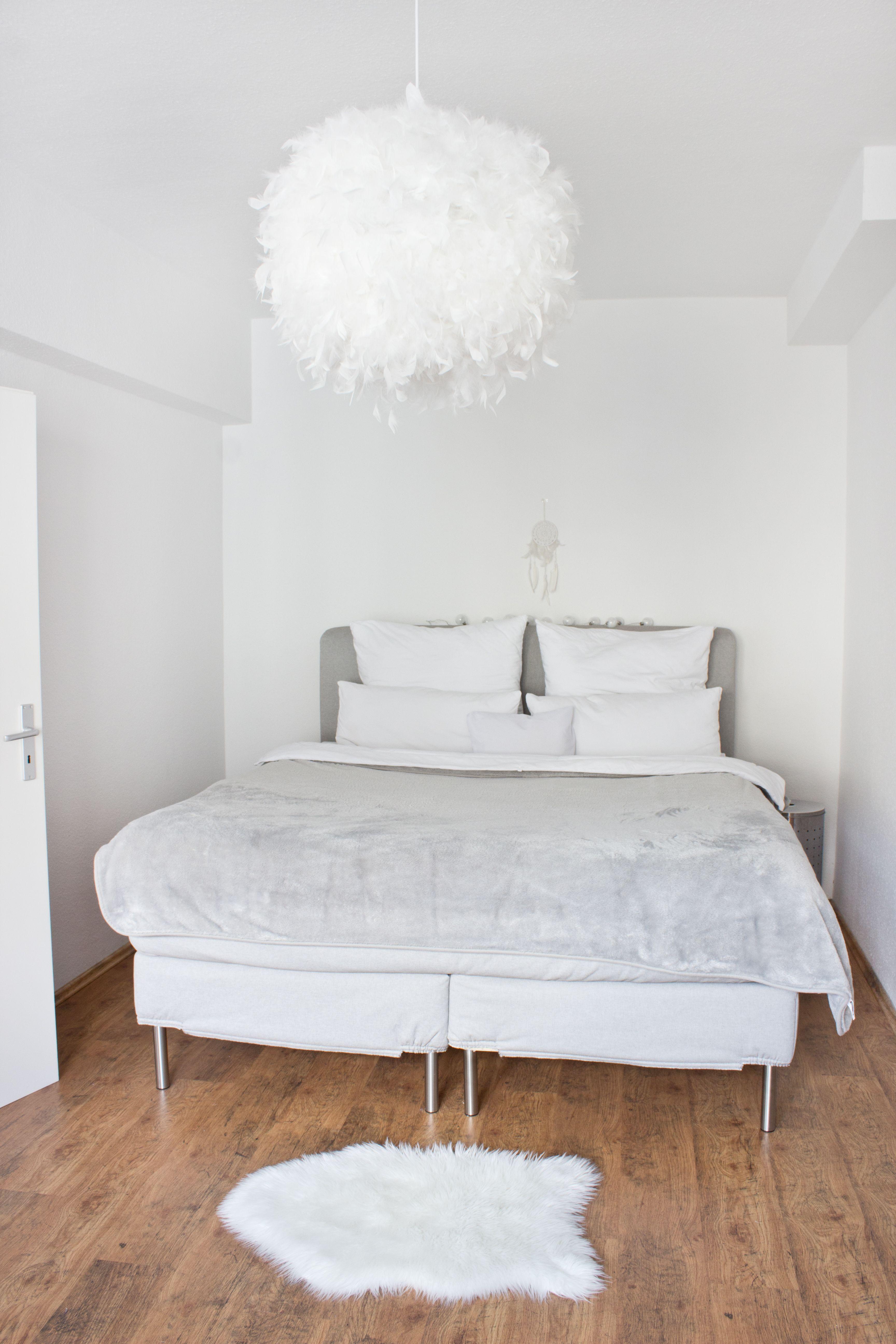 Weißes Schlafzimmer in Düsseldorf