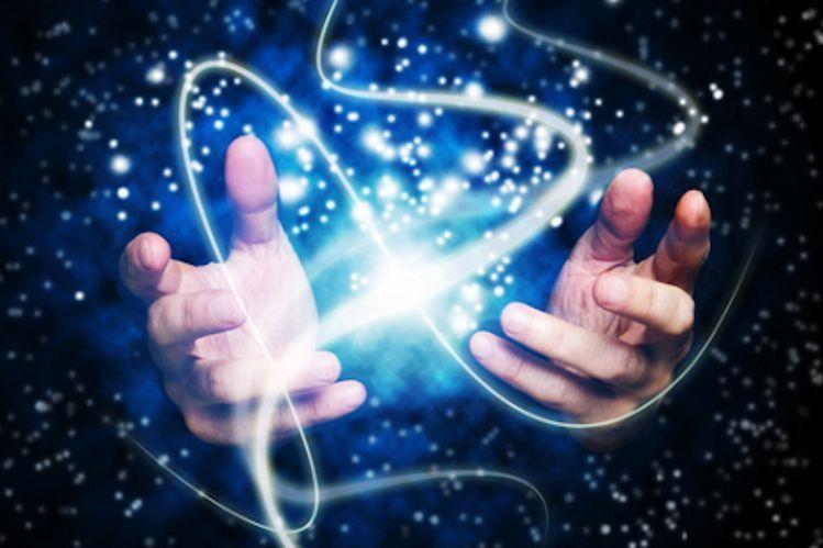 Le Pouvoir De Guerison De Vos Mains Esprit Spiritualite Metaphysiques Mains Guerisseuses Guerison Remedes De Sante