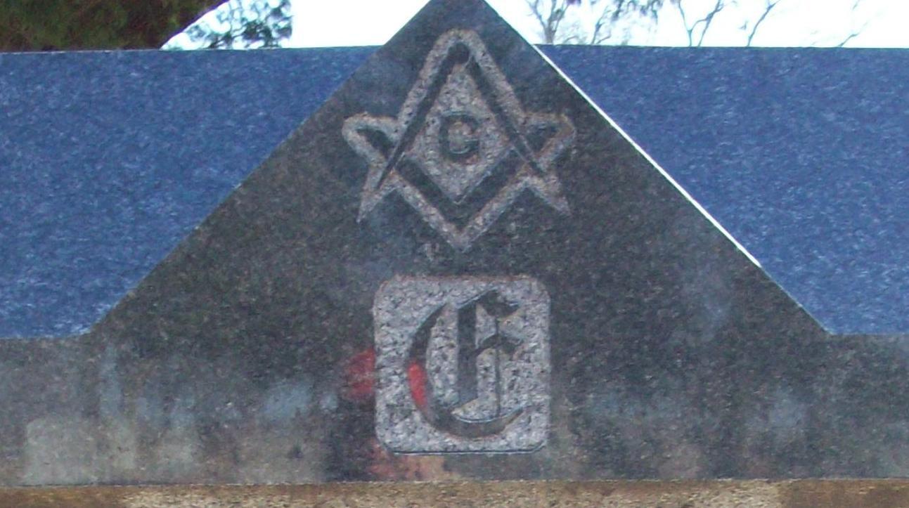 Freemasons and kgc crescent moon on csa capt