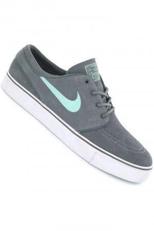dc482a52f34b5 Nike SB Zoom Stefan Janoski Shoe (dark grey medium mint)  skatedeluxe   sk8dlx  nike