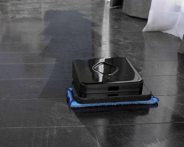 Floor Mopping Robot Cleaning