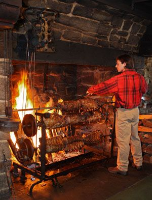 Salem Cross Inn Enjoy The Fireplace Feast On New Years Eve A Fun