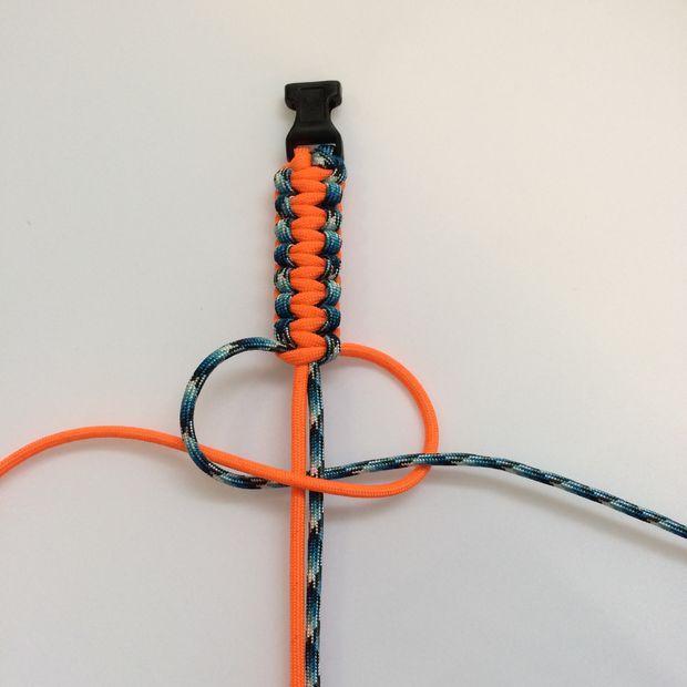 How to make a paracord bracelet paracord bracelets for How to make a paracord lanyard necklace