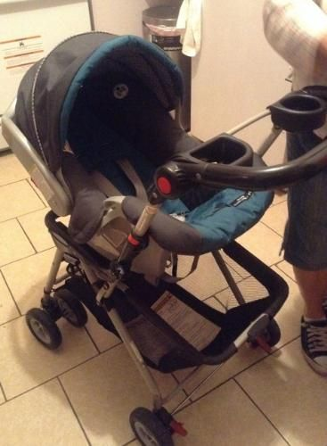 GRACO CAR SEAT STROLLER FRAME Only 8000