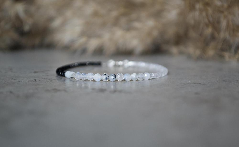 Delicate Gemstone Bracelet Rhodolite Garnet /& Rainbow Moonstone Bracelet Garnet Jewellery Gemstone Stacking Bracelet