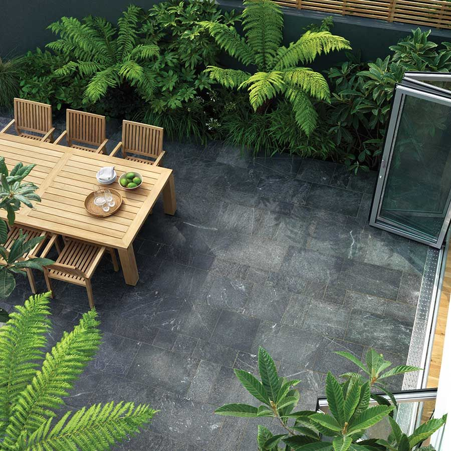 Equinox is a unique natural stone paving available in two for Azulejos patios modernos