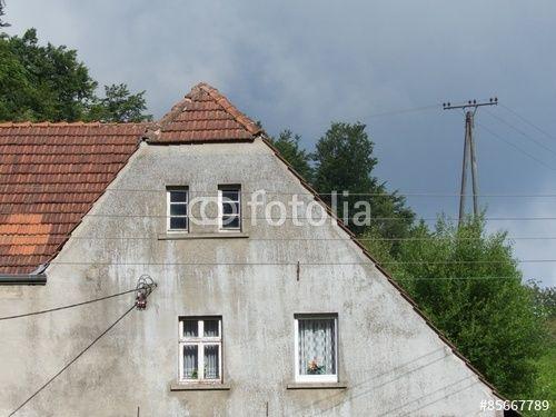 Verwaschene Fassade eines Bauernhauses bei Oerlinghausen und Lämershagen-Gräfinghagen