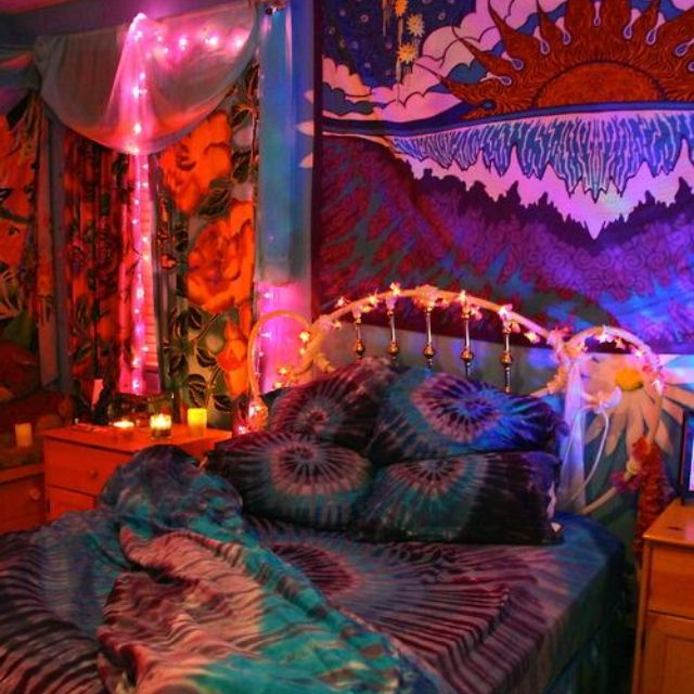 Hippie Home Decorating Ideas: House In The Clouds...