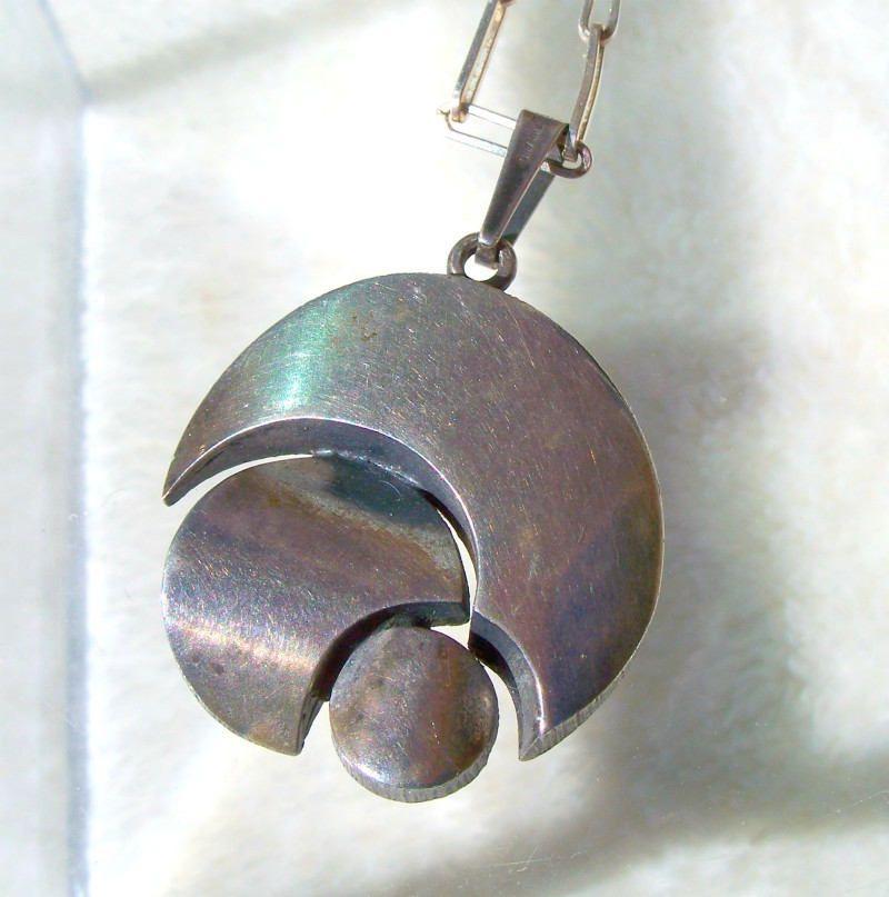 Modernist Finland Pendant Necklace Sterling Silver Sten Laine