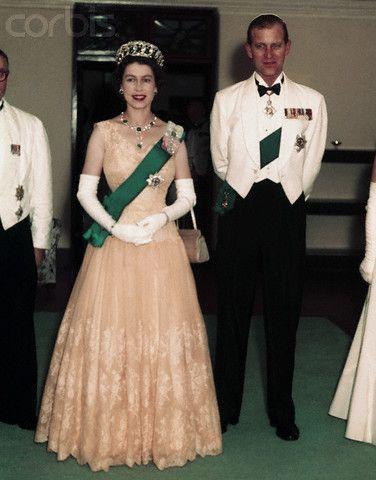 Reine Victoria Et Elisabeth 2 : reine, victoria, elisabeth, Queen, Elizabeth, Prince, Philip, Elizabeth,, Royal, Queen,