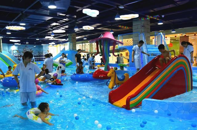 Qh Amusement Indoor Playground Inflatable Plastic Water Park Toys Slide For Summer Water Park Sport Challenge For Sp Lake Toys Indoor Playground Water Park