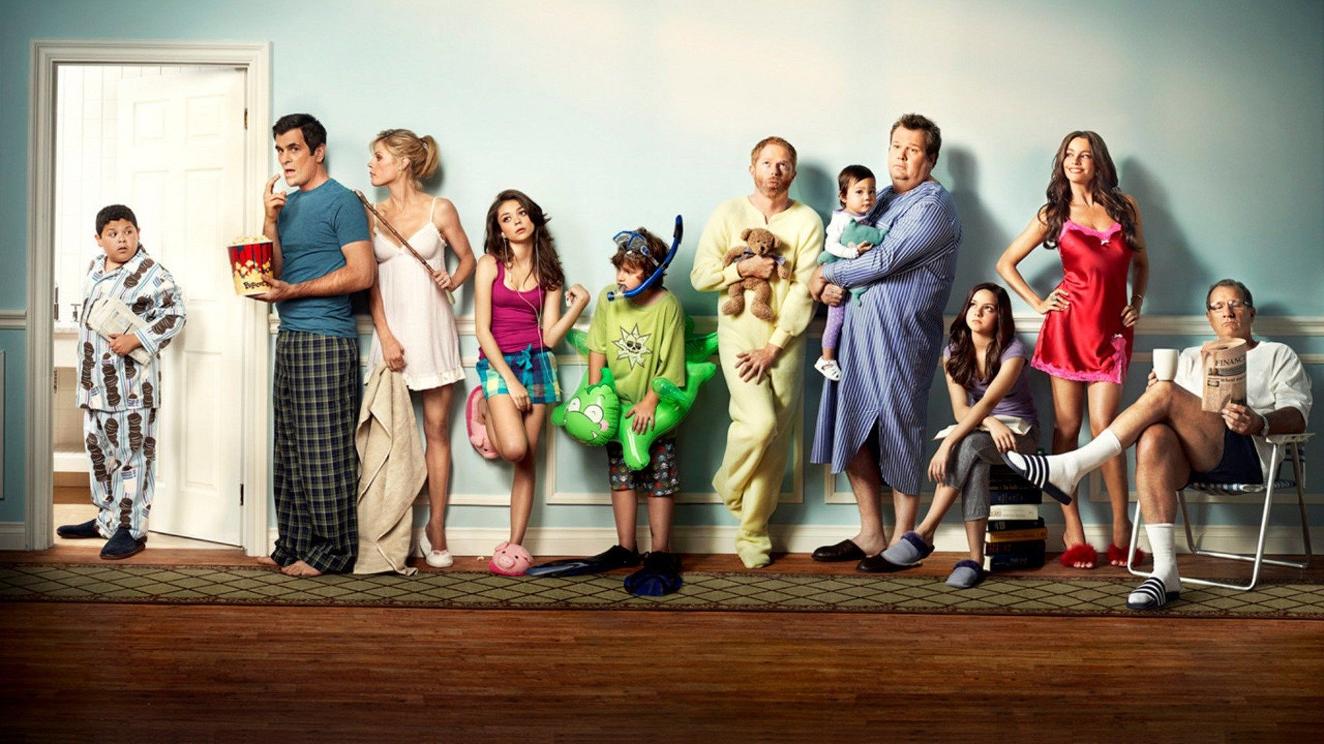1920x1080 Free Computer Wallpaper For Modern Family Modern Family Movies And Tv Shows Modern