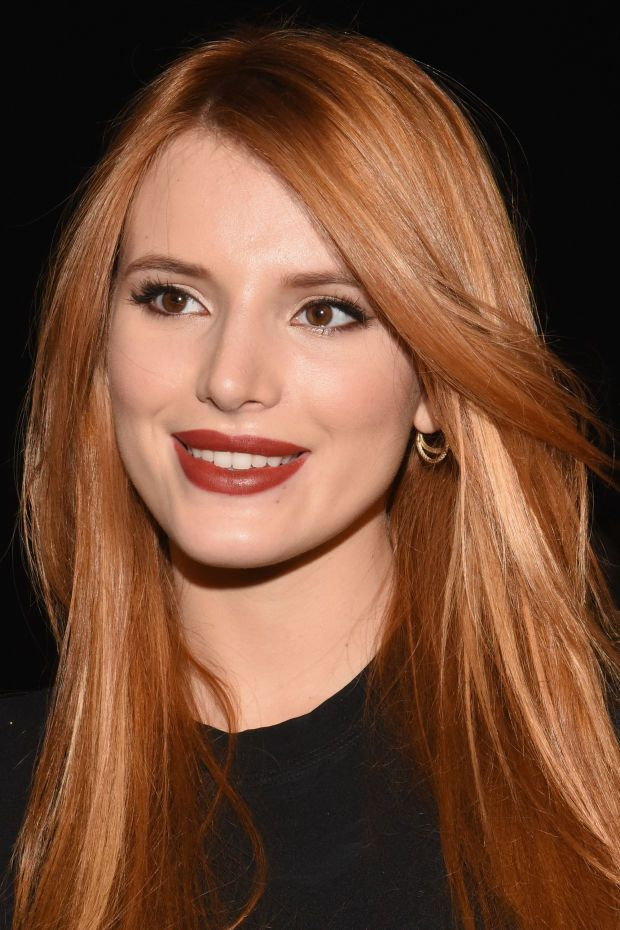 Celebrity Makeup Looks Brick Red Lipstick Cat Eyes And More In