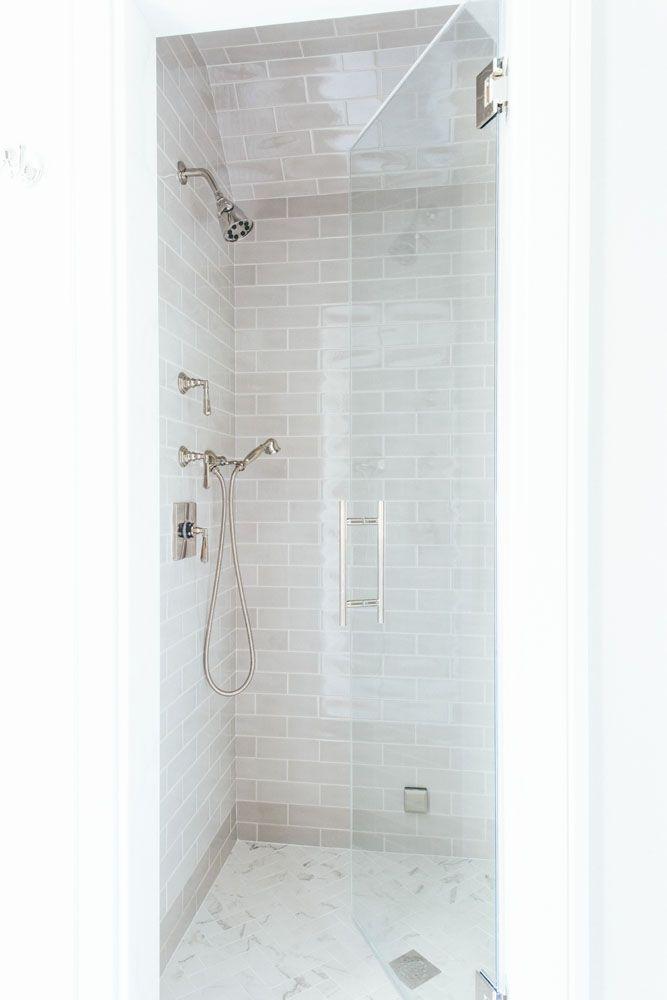 Idea By Carmen On Mama S Color Small Bathroom Remodel Bathrooms
