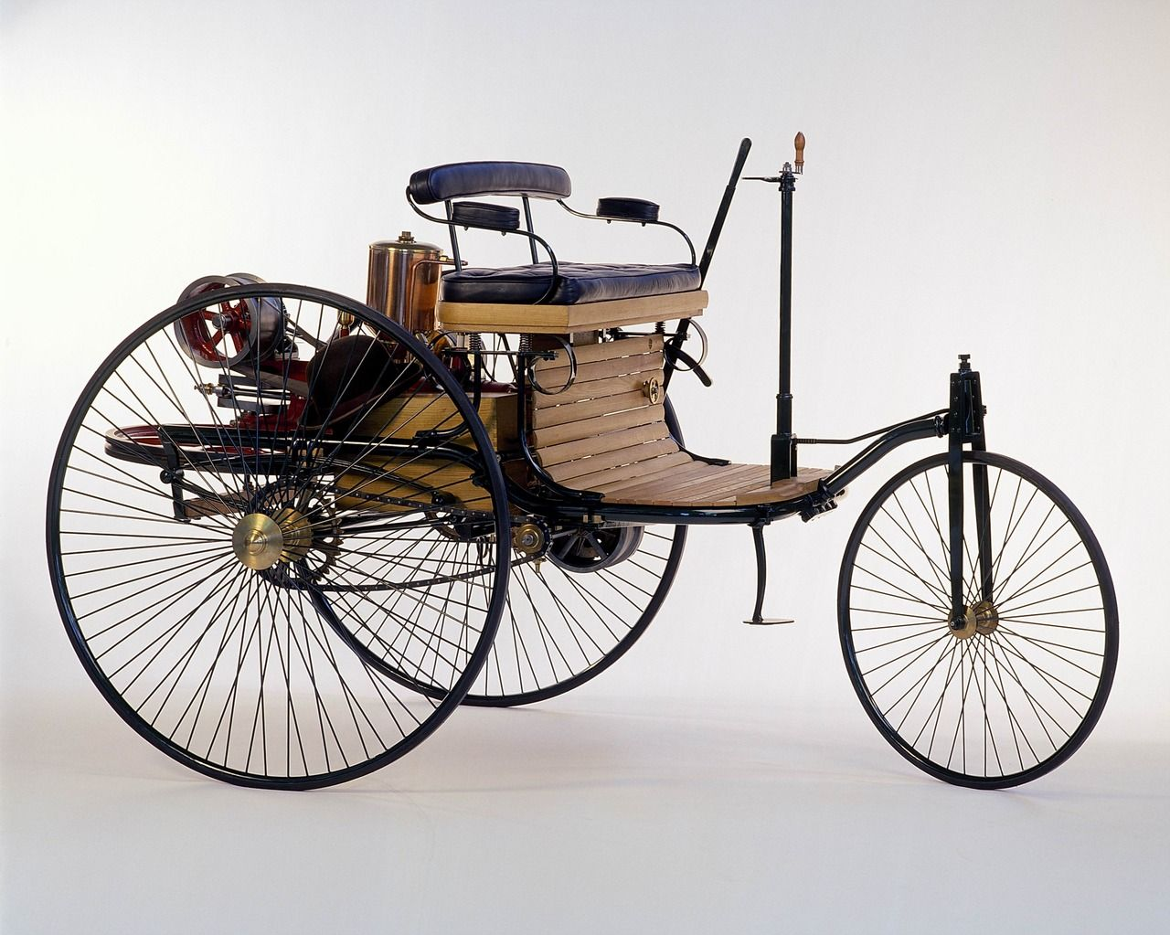 Benz Patent Motor Car, the first automobile (1885 – 1886) The first ...