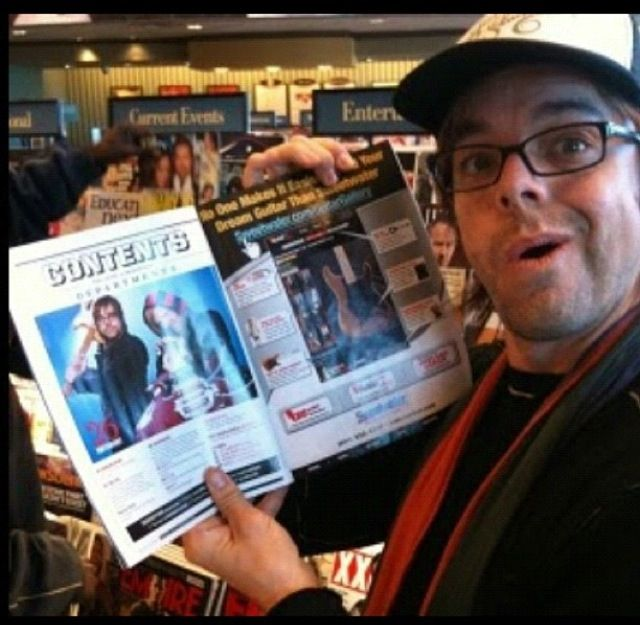 I want this magazine! Drew looks pretty excited himself. <3