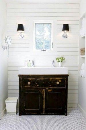 Leuk idee voor badkamer: mooie oude onderkast / commode met wasbak ...
