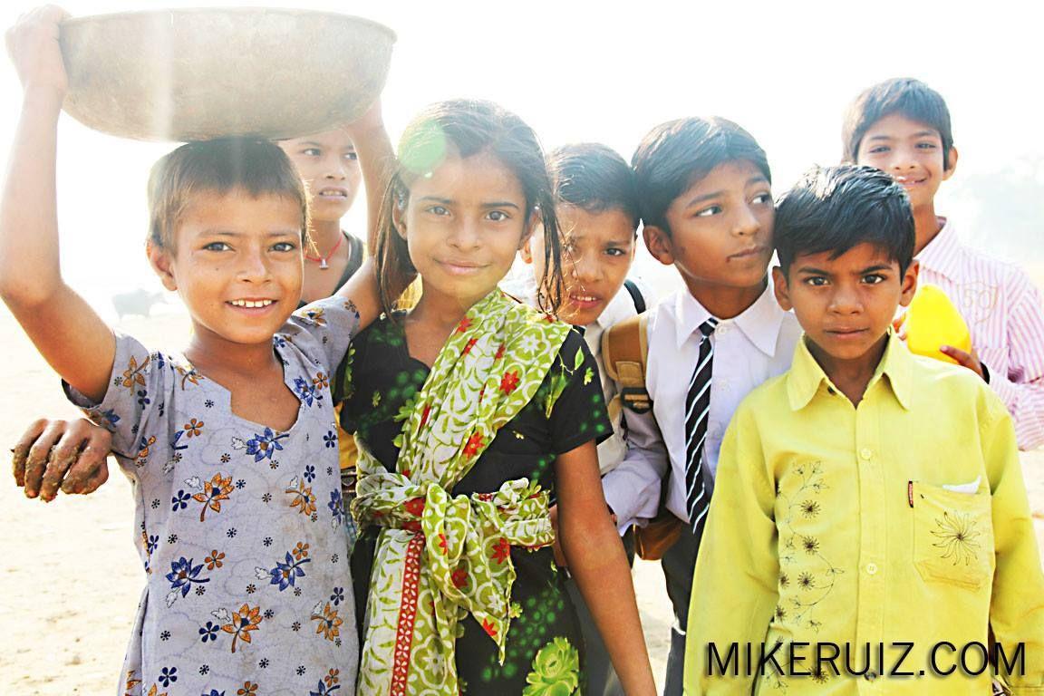 beautiful kids in India shot by mike ruiz.