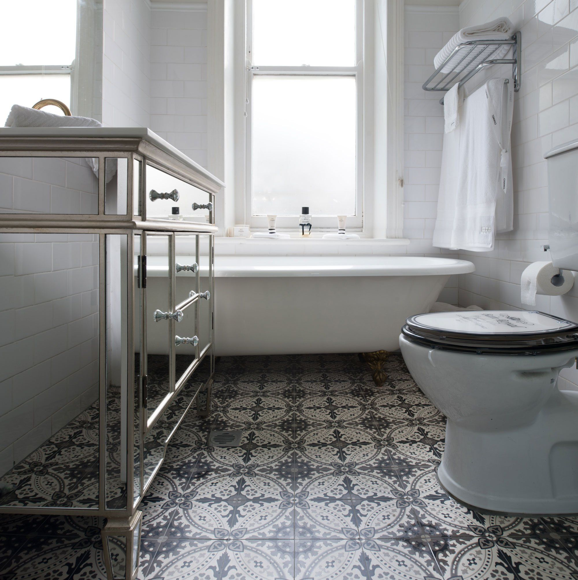 Victorian Tiles Style Guide In 2020 Victorian Bathroom Tile Bathroom Bathroom Wall Tile