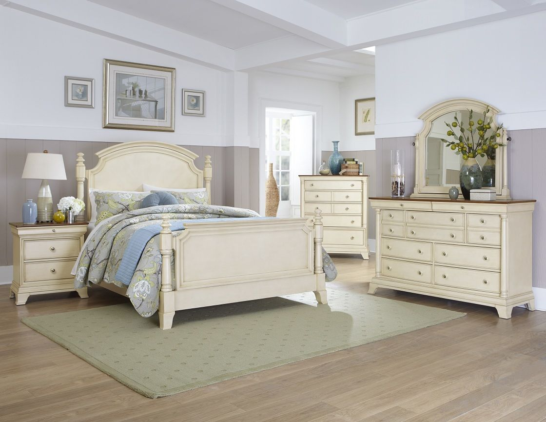 Mesmerizing Ivory White Paint Finish Broyhill Poster Bedroom Set ...