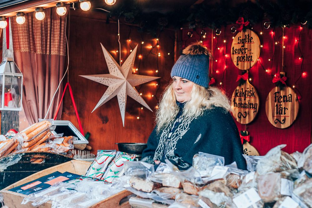 Visiting The Oslo Christmas Markets A Video Heart My Backpack Christmas Market Stockholm Shopping Oslo