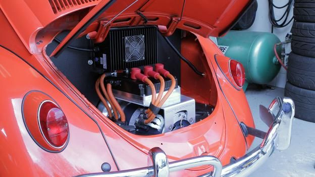 BBC - Autos - Lightning bug: Driving the Zelectric Motors prototype - Electric Beetle!