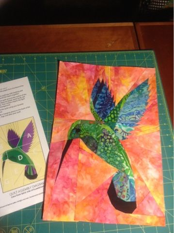 harts custom sewn creations hummingbird paper pieced love