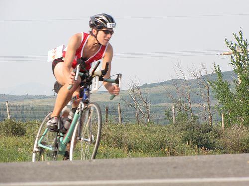 Does it really take 10,000 hours of  #triathlon training to #win the race? http://expertsportsperformance.com/efficient-triathlon-training-10000-hour-rule/    #mentalgame