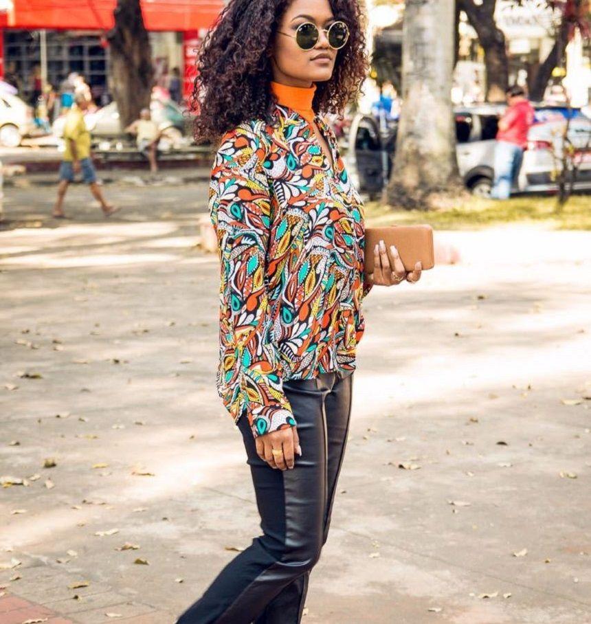 Olha como a blogueira Hêmily Tátila escolheu curtir a semana. Ela deu novos ares ao visual do dia a dia apostando na calça legging preta - preferida de tanta gente, e na camisa estampada que dá vida ao look. Junte-se a ela, aposte na ideia! #Tenda, a sua moda.