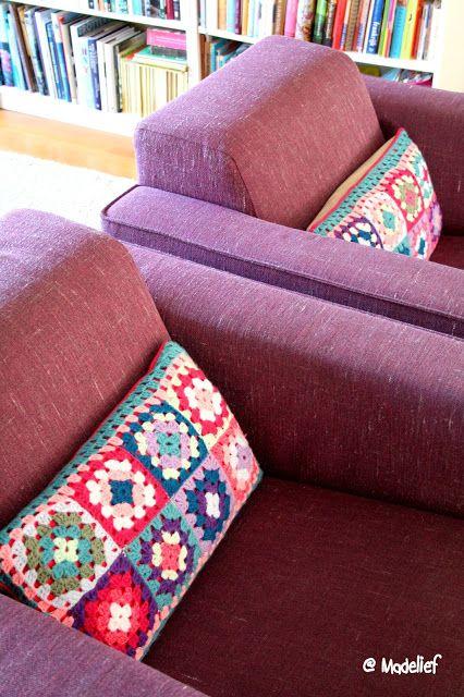 Madelief: Crochet cushion